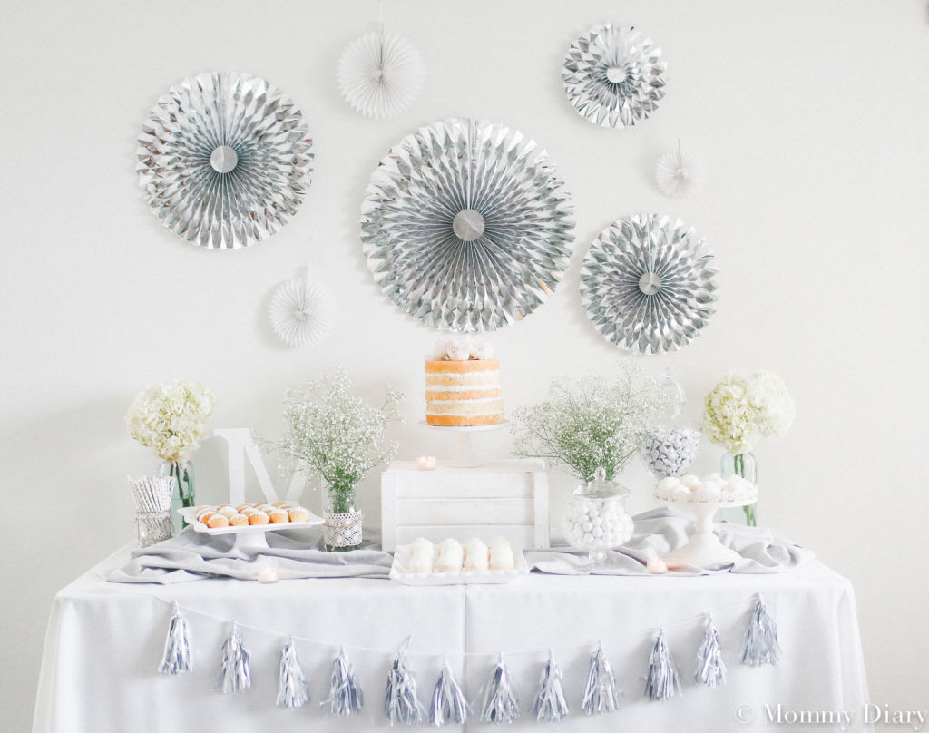 gender-neutral-gray-white-babyshower