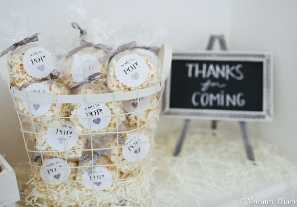 neutral-white-gray-babyshower