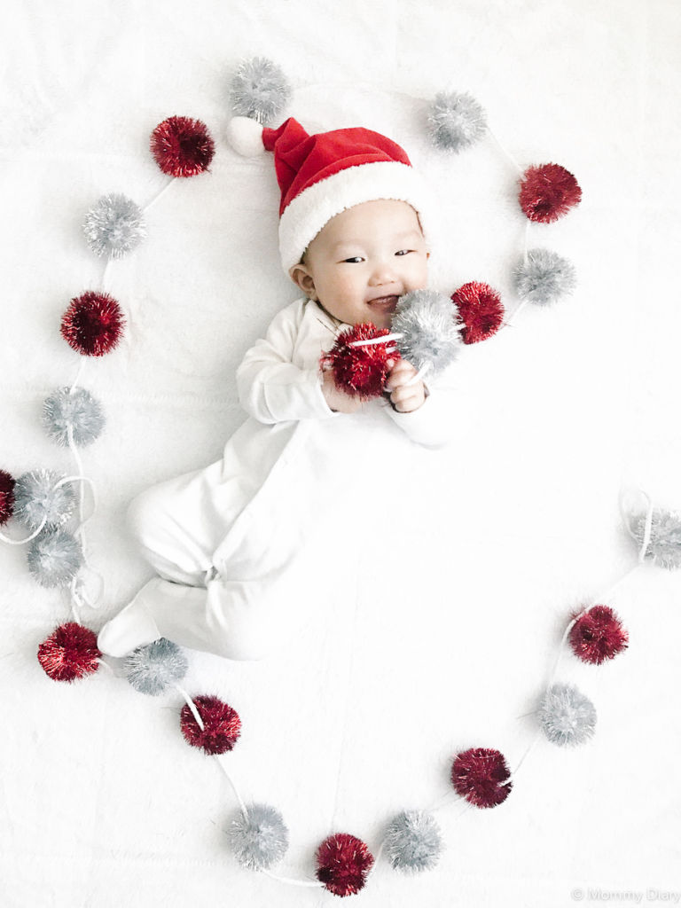 baby-milestone-newborn-christmas-photo-ideas