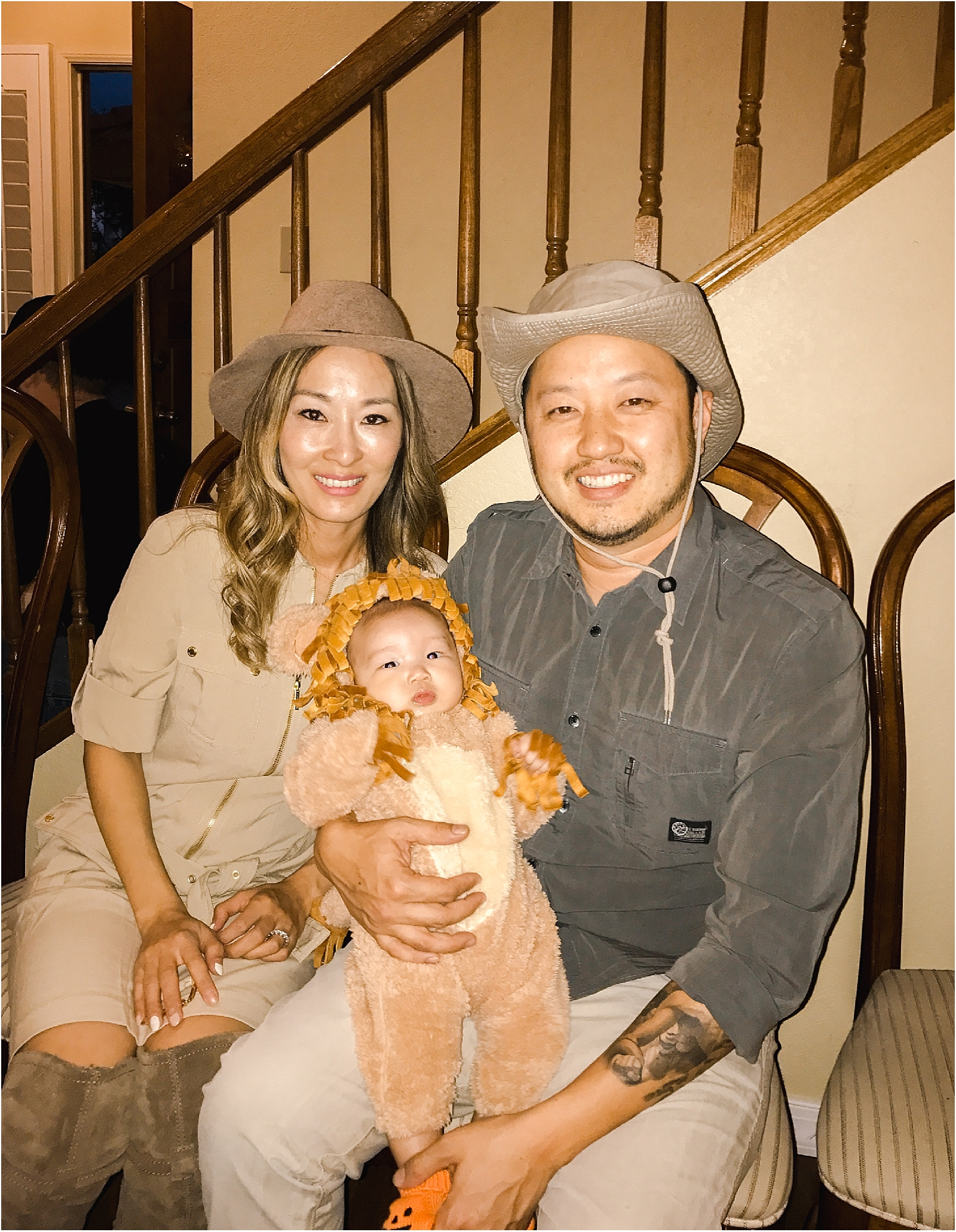 Halloween-zoo-keeper-safari-family-costume