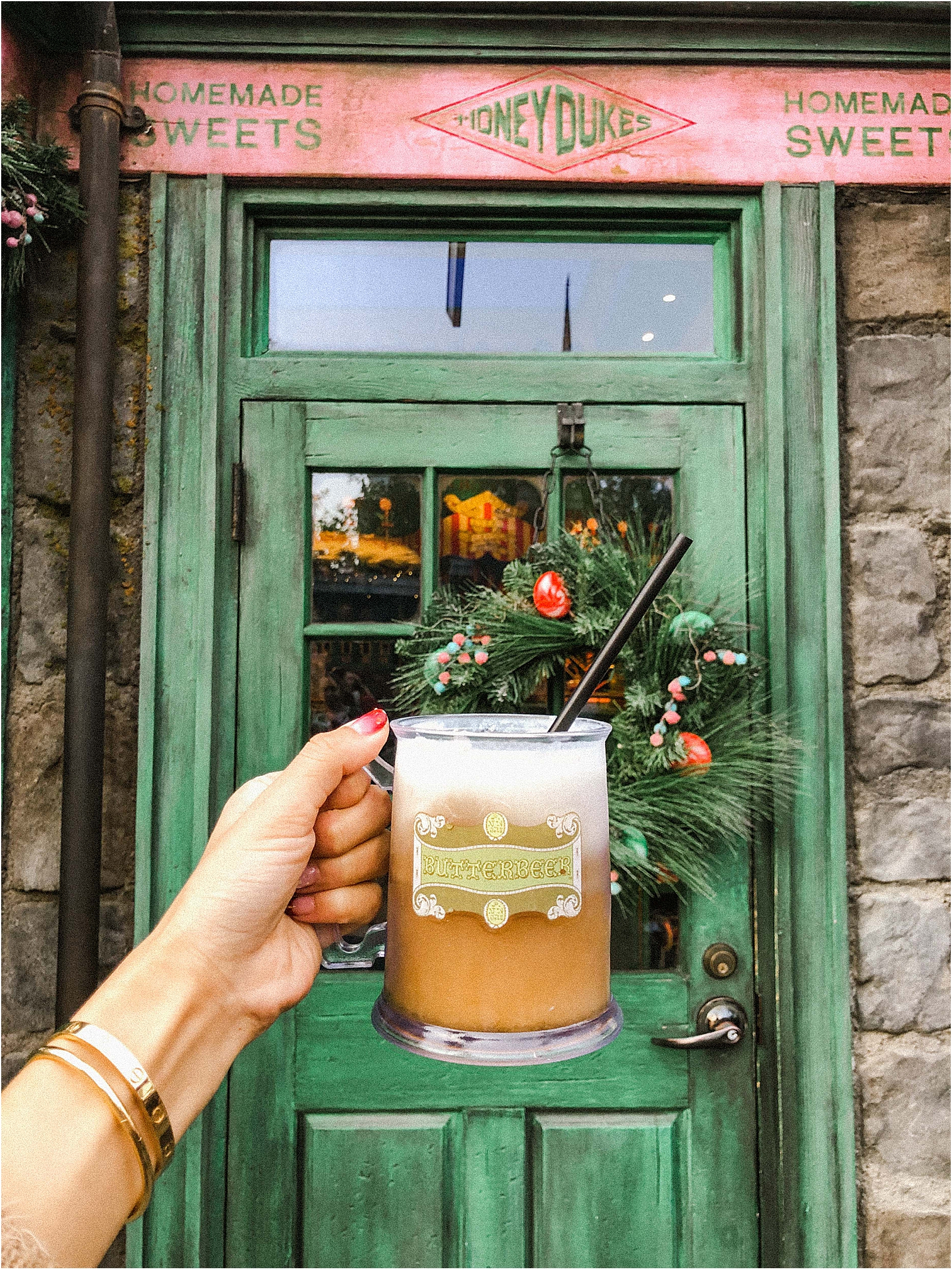 universal-studios-hollywood-butter-beer