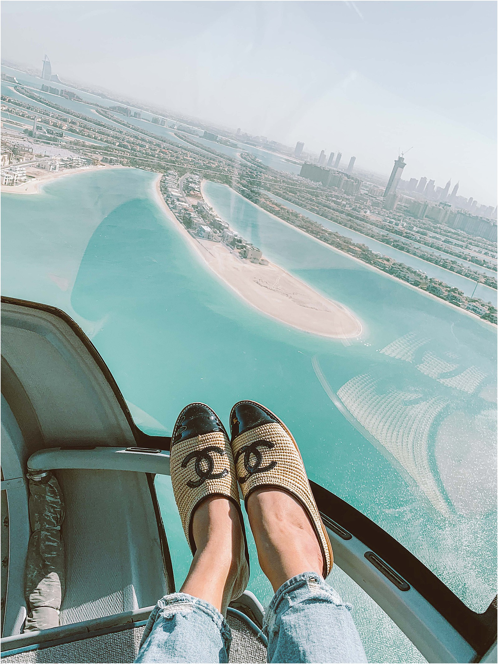Dubai-family-travel-guide-flyhigh-helicopter