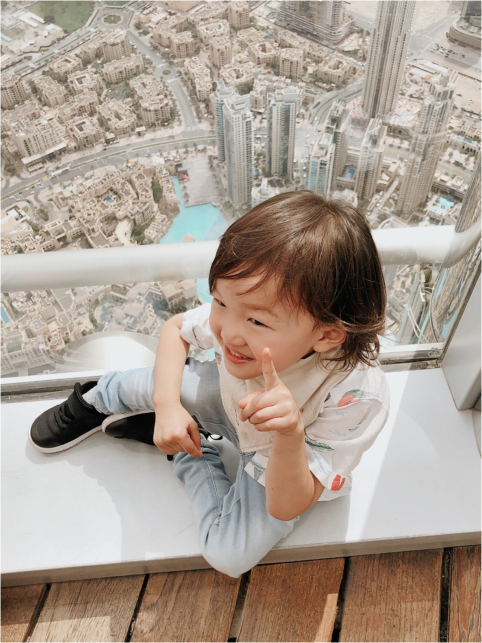 Dubai-family-travel-guide-burj-khalifa