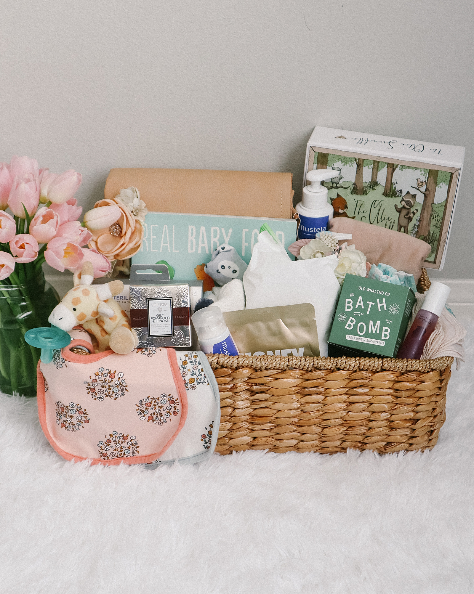 gifts for mom with a newborn