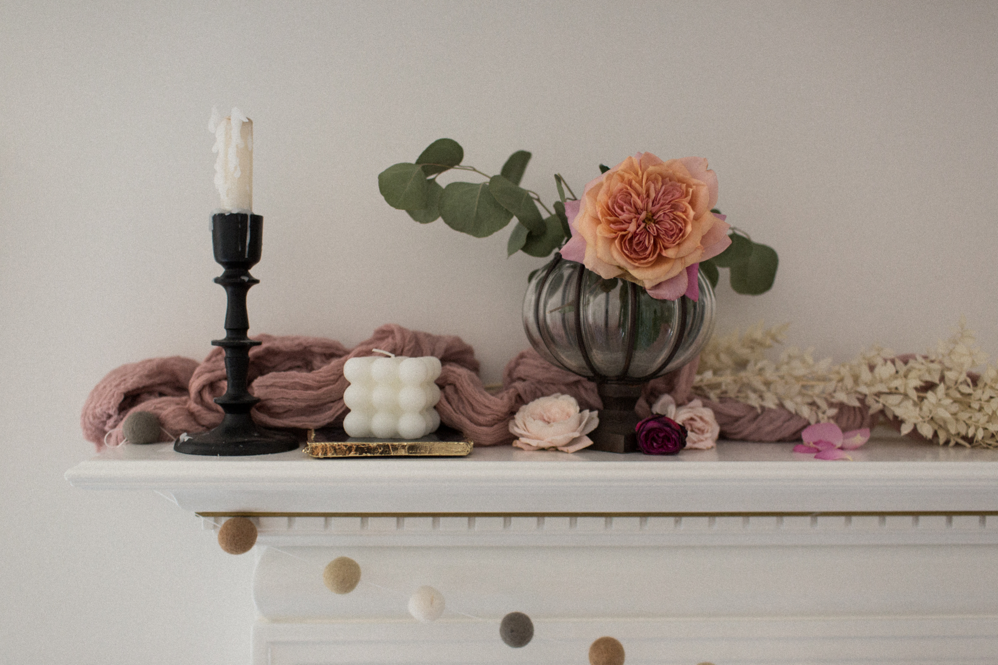 How to Style a Vintage Fall Mantel